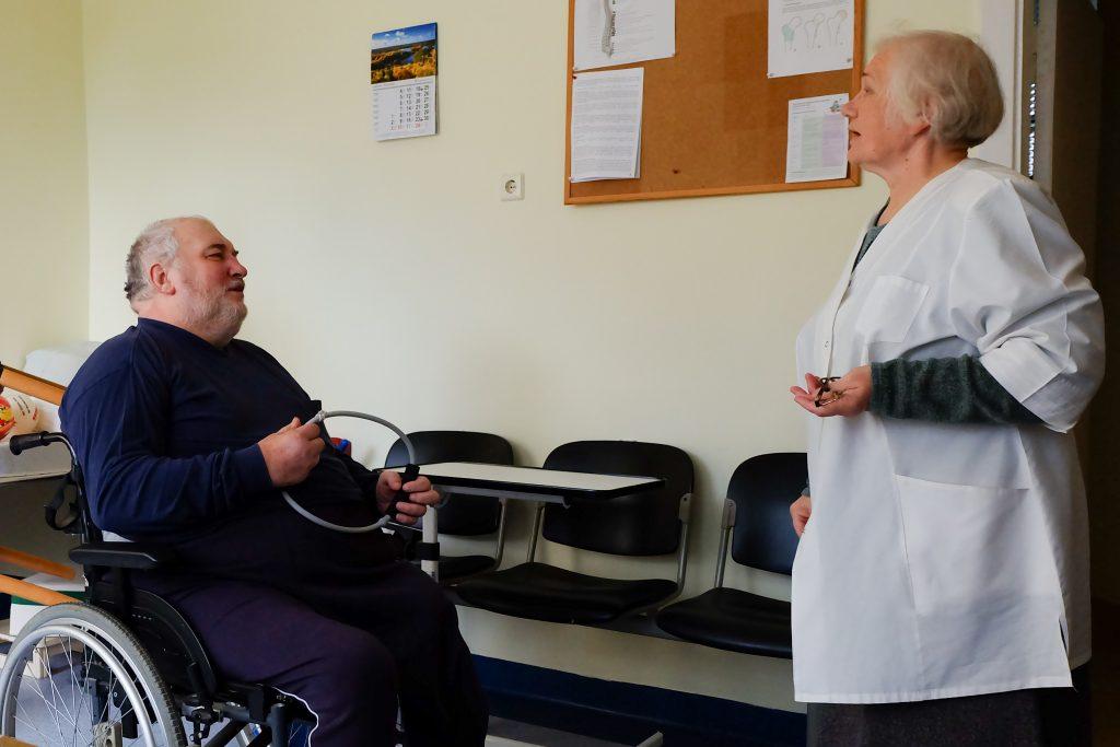 Edvardas Kripas vis primena gydytojai Janei Leščiauskienei, kad nori namo.
