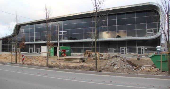 """Kad """"Litcon"""" grįš baigti darbų Sporto ir sveikatingumo komplekse, suabejojo ir meras Antanas Kalnius."""
