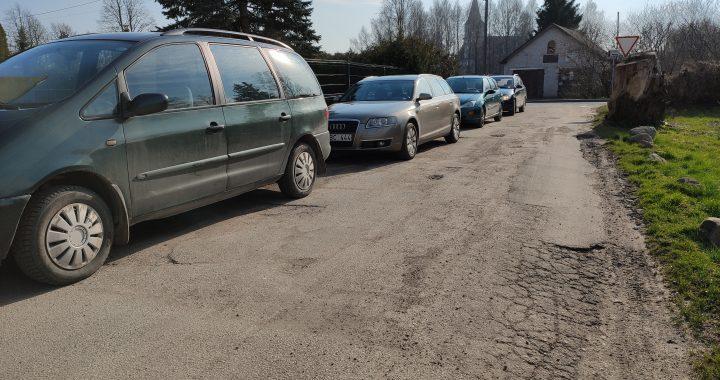 Už 45 tūkst. eurų Darbėnų seniūnijoje bus atnaujinamos keturių gatvelių atkarpos. Tarp jų – Gluosnių g.