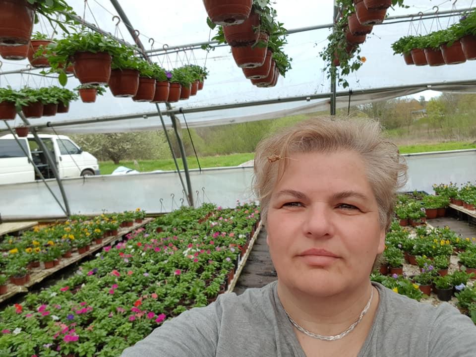 Gėles parko gėlynams pradėjusiai auginti vienai pirmųjų jų kūrėjų Vilmai Marcevičienei šis užsiėmimas net aštuonerius metus buvo tapęs šeimos verslu.