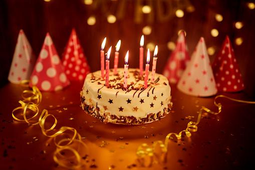 Gegužės 29-oji – viena populiariausių gimtadienio dienų Kretingos rajone. Šiandien gimė net 130 mūsų krašto gyventojų.