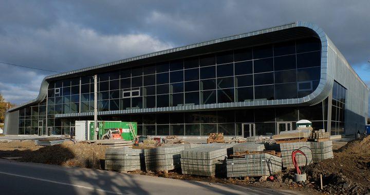 Prieš penkerius metus pradėtas statyti Sveikatingumo kompleksas paseno dar nepastatytas.