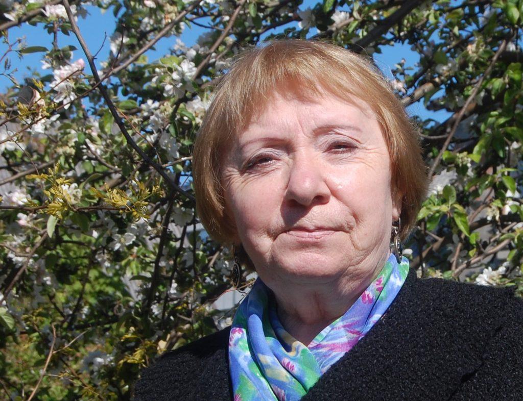Šiandien poetei, pedagogei Danutei Dunauskaite sukanka 69-eri. Sveikiname!