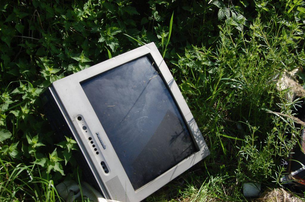 Vydmantiškiai jau antrus metus kruopščiausiai Lietuvoje renka elektronikos atliekas.