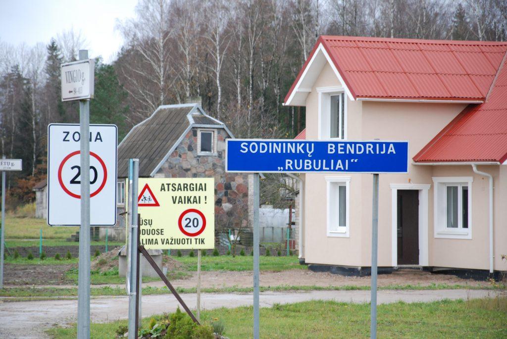 """Buvusi Kretingos rajono sodų bendrijos """"Rubuliai"""" pirmininkė, pralaimėjusi antros instancijos teismą, turės bendrijai sumokėti daugiau nei 14 tūkst. eurų. Aisto Mendeikos nuotr."""