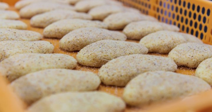 Per antrajį karantiną prekybos centrai stebi padidėjusį pusfabrikačių pardavimą ir mažesnį – sveriamų produktų bei duonos. Asociatyvi nuotr.