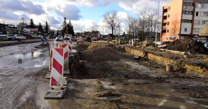 Rekonstruojama Kretingos Melioratorių ir Vytauto gatvių sankryža bei prieigos.