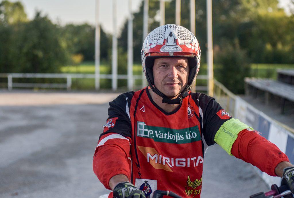 Kretingos motobolo komandos vyriausiasis treneris Renatas Žiubrys teigė, kad ši sporto šaka šiais metais patyrė visišką sąstingį.