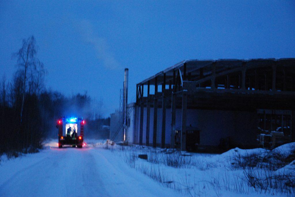 Šįvakar ugniagesiai skubėjo į Kūlupėnus. Aisto Mendeikos nuotr.