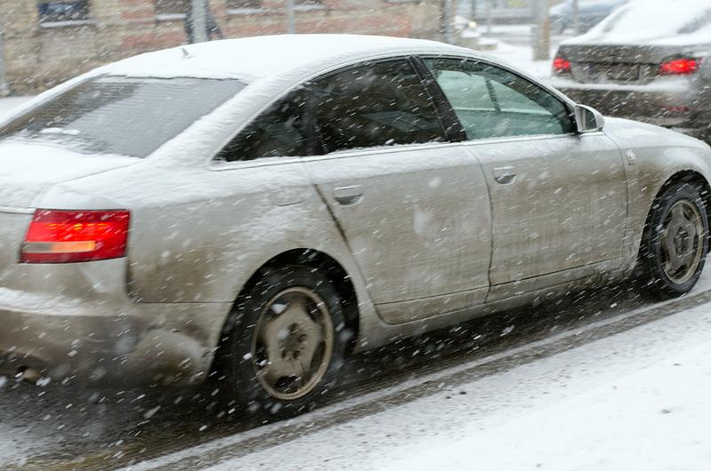 automobilis ziema