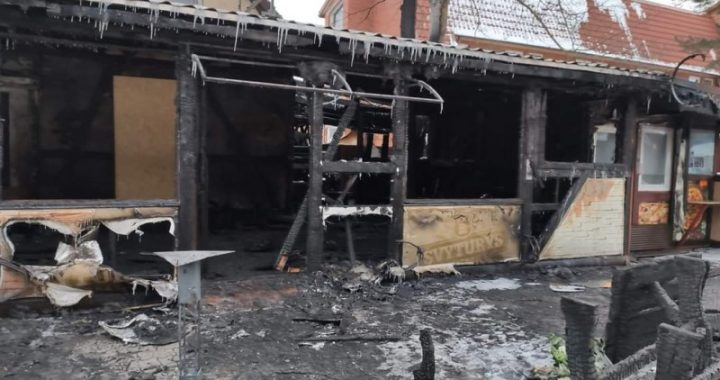 """Ketvirtadienį Šventosios kavinėje """"Mažoji Armėnija"""" kilo gaisras."""