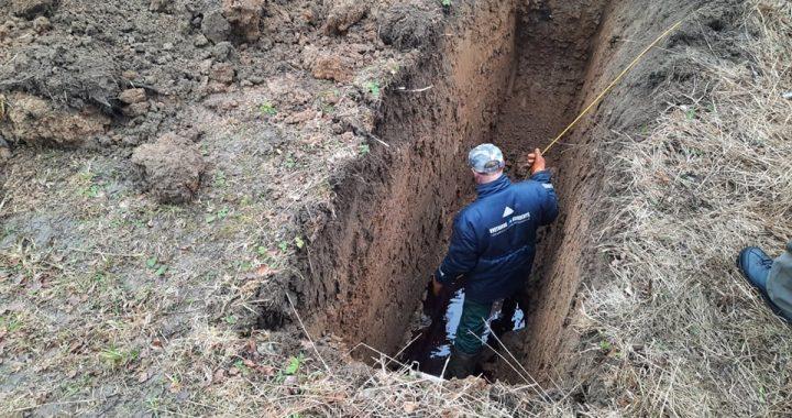 Rytoj bus jau trečia para, kaip Salantuose ieškoma į aplinką išsiveržusio teršalų šaltinio. Kretingos rajono savivaldybės nuotr.