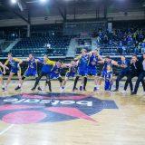 "Visos ""Kretingos"" komandos ir jos vadovų pergalės šokis."