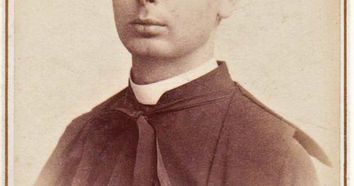 Kunigas Pranciškus Urbonavičius. H. le Lieure fotoateljė. Roma, Italija, apie 1895 m. Maironio lietuvių litertūros muziejus, inv. nr. MLLM MD 2781/21