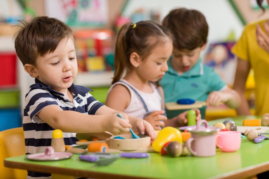 Kasmet Kretingos rajono darželiuose vietų pritrūksta apie 30 vaikų. Asociatyvi nuotr.