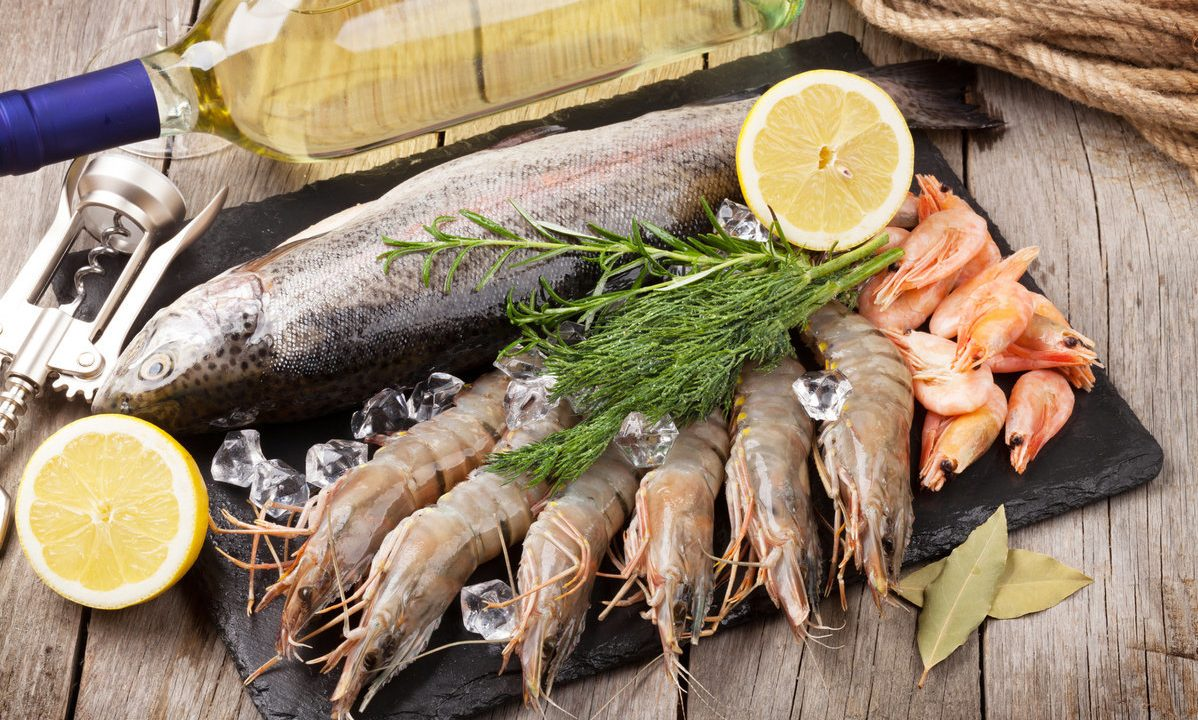 Jodo gausu žuvyje ir jūros gėrybėse.