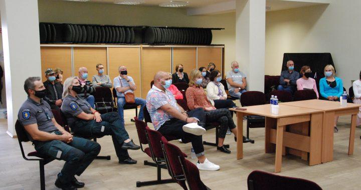 2020 m. Kretingos rajono savivaldybės tarybos veiklos pristatymas Žalgirio seniūnijoje. Aisto Mendeikos nuotr.