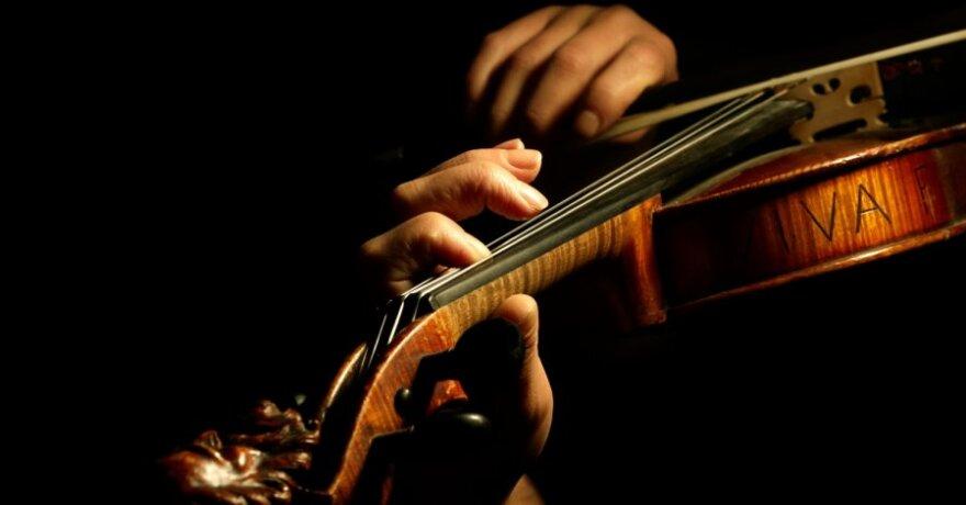Moksliniai tyrimai rodo, kad klasikinė muzika gydo ne tik sielą, bet ir kūną.