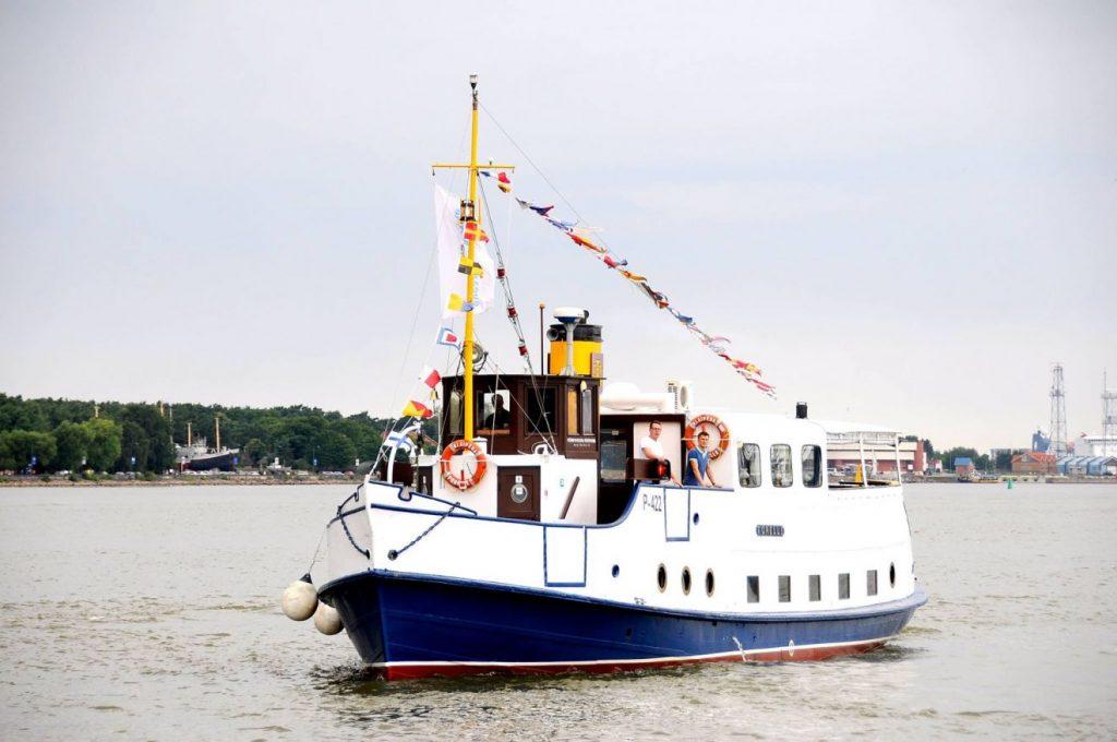 """Pasiplaukiojimas laivu """"Forelle"""" - puiki vasaros pramoga."""