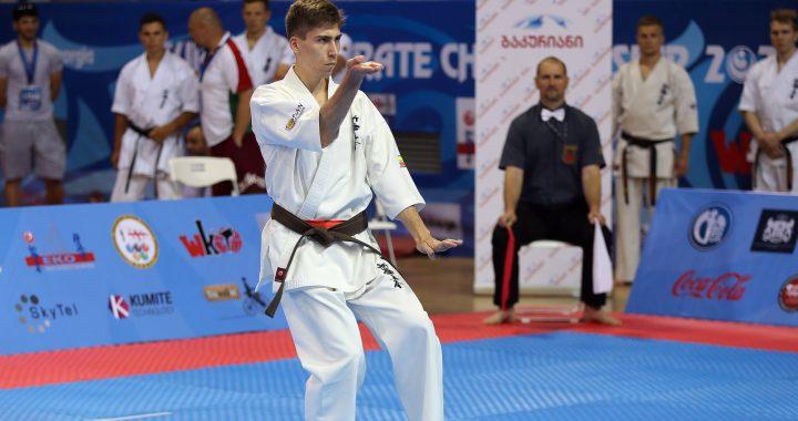 Karate shodan lankantis nuo devynerių, dvidešimtmetis kretingiškis Matas Jonauskas įgyvendino vieną iš didžiausių savo tikslų – iškovojo juodą diržą.