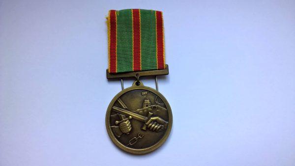 Antanui Martišiui yra įteiktas valstybės apdovanojimas – Kariuomenės kūrėjų savanorių medalis.