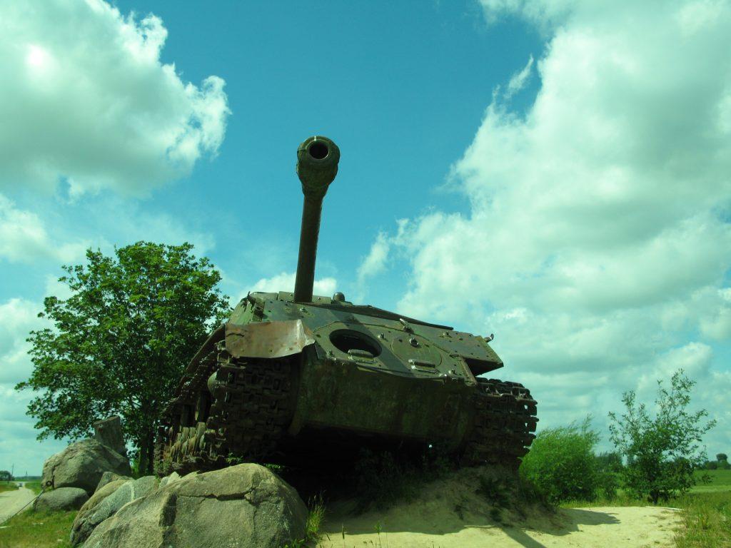 Tankas_2012m (1)-1