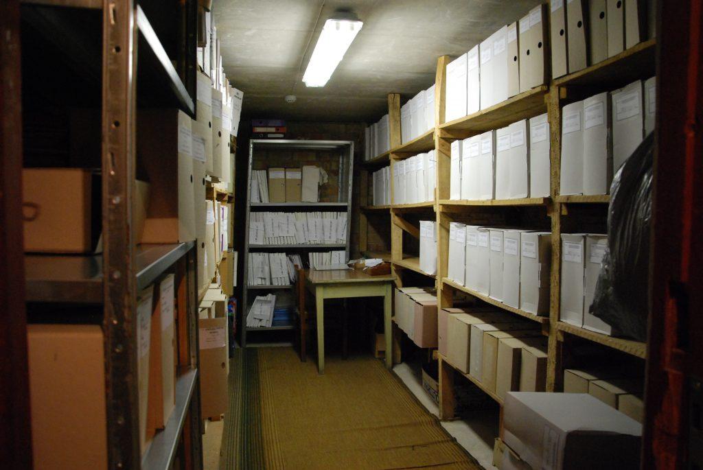 Kai kuriems politikams atrodo, jog Savivaldybės archyvui geresnių patalpų nereikia...